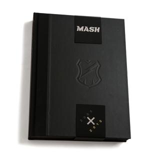 mash_artbook001.jpg